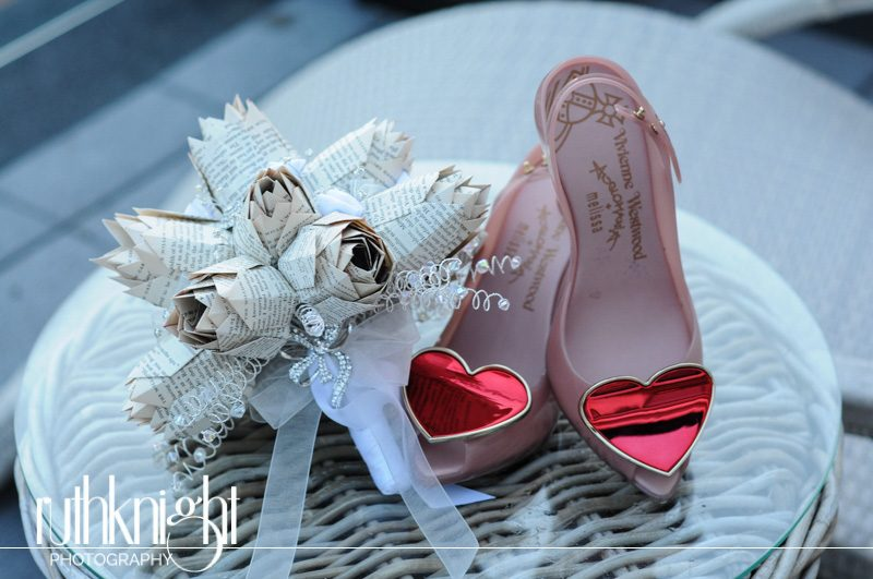 Roslin Beach Hotel, Southend, Essex Wedding Photographer – Alison & Ian