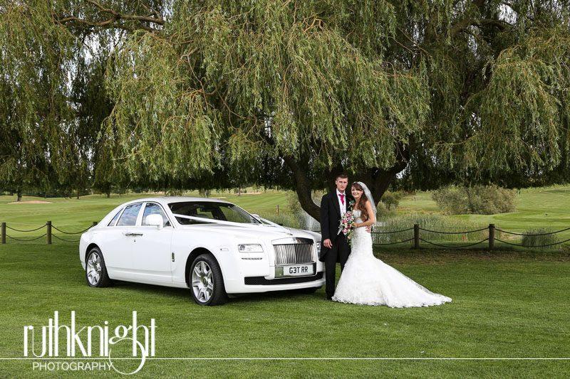 Essex Wedding Photographer at St Mary's Benfleet & Rayleigh Club Rayleigh – Kayla & Louis