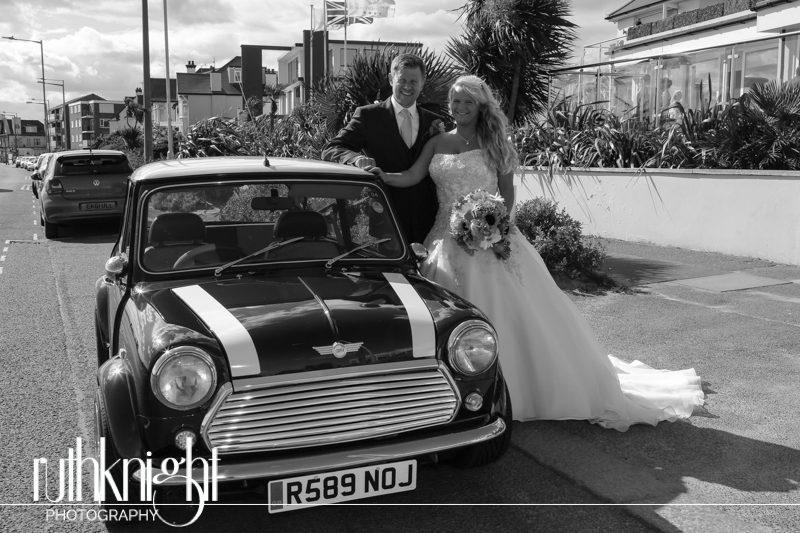 Essex Wedding Photograpy at Roslin Hotel, Thorpe Bay – Vicky & Daniel